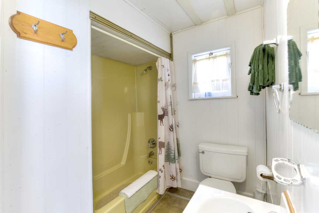 Bathroom in Cabin Five